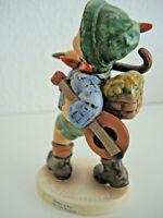 Hummel Figur 327 Der Frohe Wanderer FM6