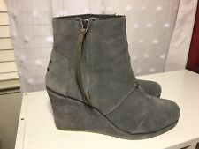 fc23958ba2e TOMS Womens Gray Suede Leather Desert Wedge High Ankle Bootie 300415 Size W  10