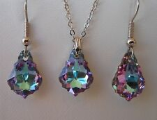 Swarovski Elements Crystal in Vitrail Light  Pendant Necklace and Earring Set