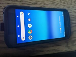 Google Pixel original with OTTERBOX, 32GB, Black, AWESOME CONDITION!