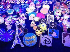 Disney Trading pins Mixed lot of .25 .