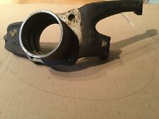 Renault 15 and17 Front Right Hand Hub new part no 7700555538.