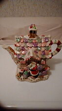 Fits & Floyd Essentials Candy Lane Express Teapot Christmas Santa