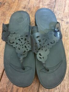 Fitflop s.5 black/black wobbleboard, get a workout while you walk sandals, New.