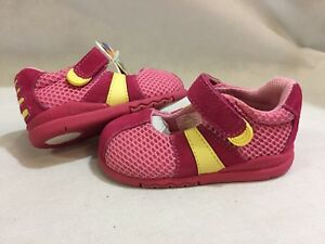 Stride Rite Baby Toddlers Girls Athletics, Pink, Size 5 Widths UK 4.5, Eur 21