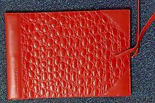 Corban & Blair Medium Leather Outback Dapper Photo album Red 20 sheets black