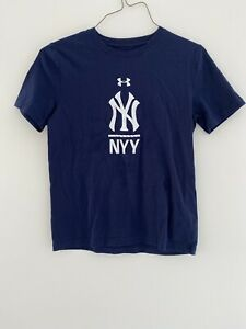 NY Yankees youth Under Armour T-Shirt. Large