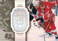 98-99 SPx Finite SPECTRUM xx/300 Made! Steve YZERMAN #30 - Red Wings