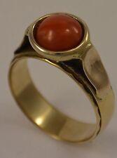 Damen-Ring mit Koralle / 333er 8 Karat Gold