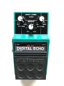 Maxon DE-01, Digital Echo, RARE, Made In Japan, 1980's, Guitar Effect Pedal