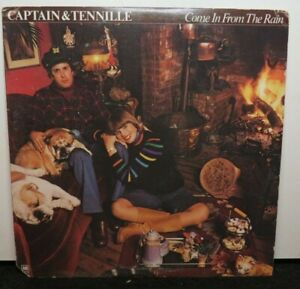 CAPTAIN & TENNILLE COME IN FROM THE RAIN (VG+) SP-4700 LP VINYL RECORD