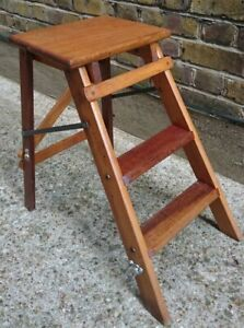 VINTAGE 2 TREAD STOOL / STEPLADDER - COLLECT OR COURIER