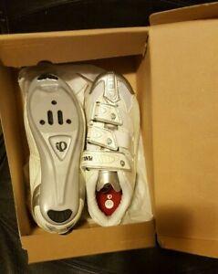 Pearl izumi, cycling shoes women, size 6- 6.5