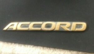 OEM Honda Accord Body/Trunk Emblem 2001 Gold