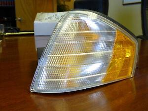 Mercedes SL500 Clear/Amber Corner Light Parking Lamp LEFT fits 1990-2002