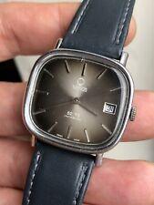 Vintage Venus T-82 Manual Wound Mens Watch Swiss Made 34mm