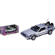 Back to the Future - 1:24 Scale Die-Cast DeLorean Replica
