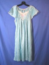 VANITY FAIR Aqua Blue SILKY NYLON NIGHTGOWN Quilted Embroidered Yoke VINTAGE L