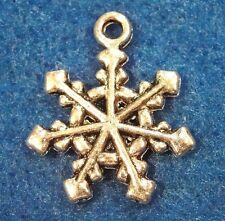 50Pcs. WHOLESALE Tibetan Silver SNOWFLAKE Charms Earring Drops Pendants Q0536