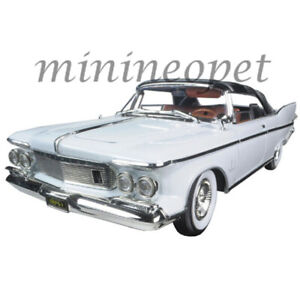 ROAD SIGNATURE 20138 1961 CHRYSLER IMPERIAL 1/18 with BROWN INTERIOR CROWN WHITE