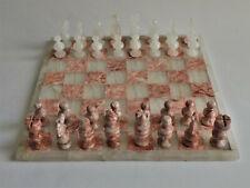 Schachspiel aus Mexiko in Marmor