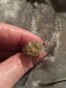💛💛Sterling Silver Yellow SolitaireAnd Pave Set Clear Cubic Zirconia Ring 6💛💛