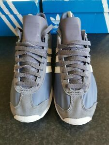 Adidas Originals Country Trainers Size 8 In Purple And Off-White