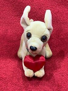 New Yo Quiero Taco Bell Chihuahua Plush Talking Dog DOES NOT GROWL Love Heart
