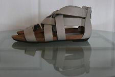 CLARKS Hellgrau Echtleder Gladiator Sandalen, Gr. 37/UK4,5, Top Zustand!