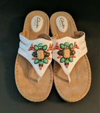 Clarks Artisan White Leather Thong Sandals W/ Coral & Green Beads Women's 10 M