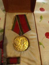 très belle médaille des collectivités agricole roumaine  1962