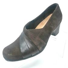 d1feb9098 Clarks Artisan Woens Shoes Size 6.5 Wide Brown Suede Leather Heels Casual  Career