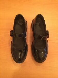 dr martens womens shoes size 5