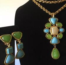 CHANEL VINTAGE GRIPOIX GLASS STONE GOLD PENDANT NECKLACE Earrings CC Dangle Drop