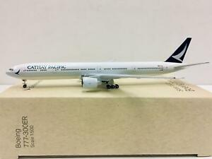 Herpa Wings Cathay Pacific Boeing 777-300ER 1:500 B-KPM