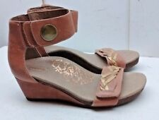 Aetrex Women Brown Leather Wedge Ankle Strap Gladiator Sandal Casual Shoes 5.5W