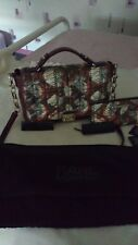 Sac à main+portefeuilles Karl Lagerfeld, neufs, couleur dominante bordeaux foncé