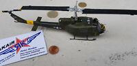 Bell UH-1 D Huey Vietnam US.Army Metall / Diecast  1:72  Yakair Aircraft