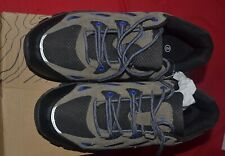 PAIR OF HI GEAR MENS TRAINERS GREY AND NAVY SIZE 9