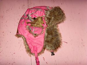 VGUC Hot Shot Realtree pink camo earflap  hunting theme girl thinsulate faux fur