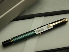 Pelikan souveran M600 Black & Green Medium-nib 14C Brand new!!