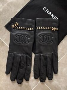 Authentic Chanel CC Coco Mark Chain Black leather Gloves original Size 8 NWOT