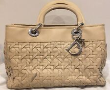 CHRISTIAN DIOR Lady Dior Beige Woven Avenue Tote Bag - Beige Color