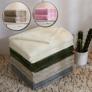Pet Dog's Fleece Soft Blanket Mat Flannel Blankets Sleeping Cover