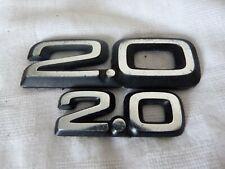 Aus einer Auflösung: 2 alte 2.0 Embleme / Schriftzüge