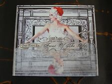 Slip CD Album: Gabby Young & Other Animals : One Foot In Front Of The Other