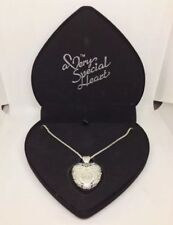 A Very Special Heart™ Silver Necklace USB Flash Drive Beautiful Heart Box.