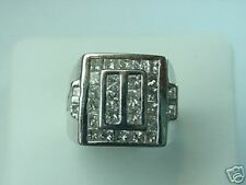 Men's Diamond Ring 18 K White Gold and 38 diamonds