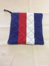 Quilted Pot Holder - football colours - Western Bulldogs