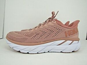 WOMEN'S HOKA ONE CLIFTON 7 size 8.5 !RUNNING! WORN LESS THAN 10 MILES! RUNNING